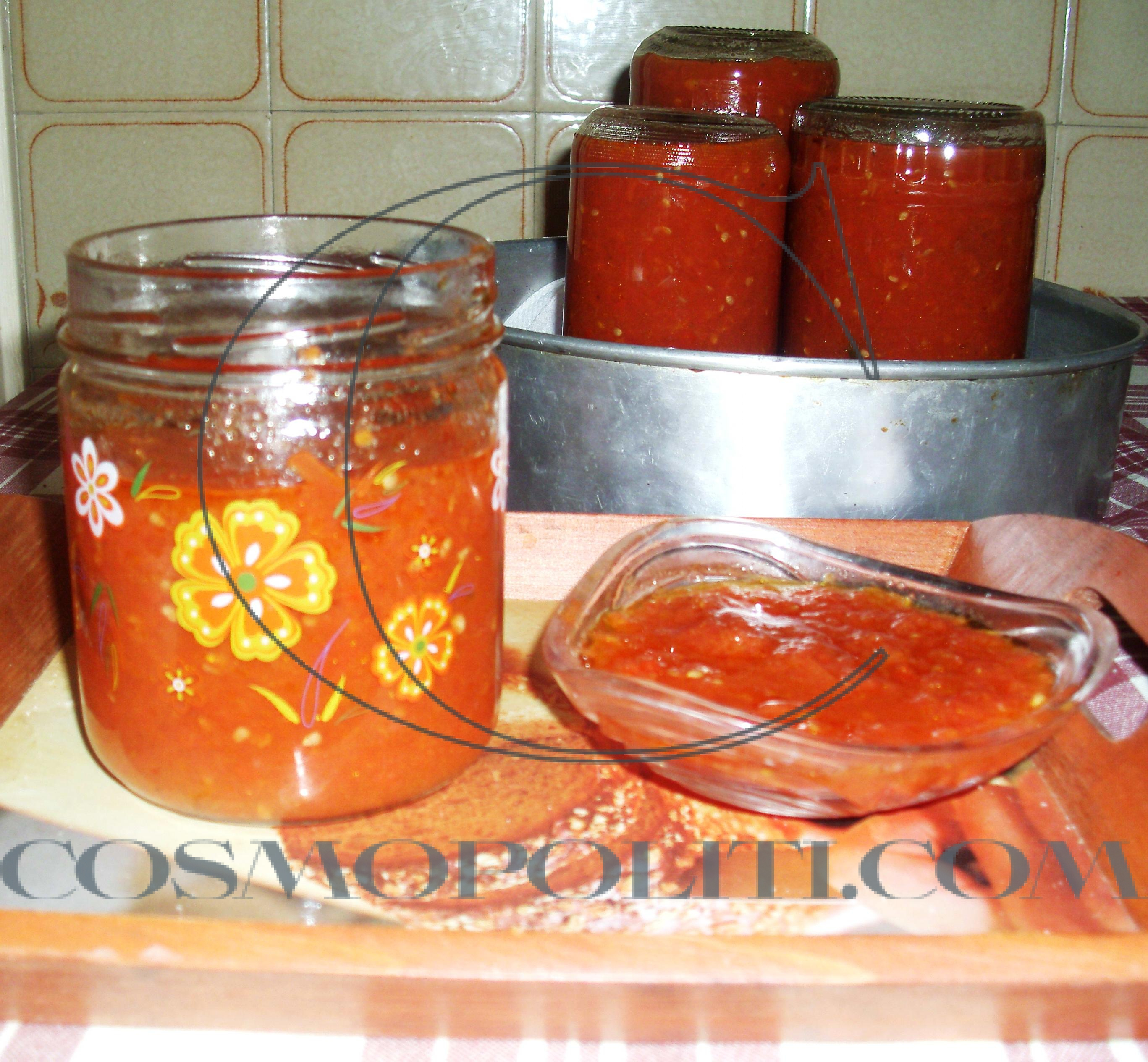 Πώς να φτιάξετε εύκολη σπιτική κόκκινη σάλτσα