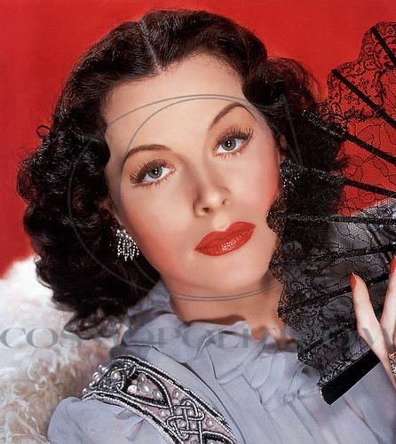 Hedy-Lamarr-with-fan
