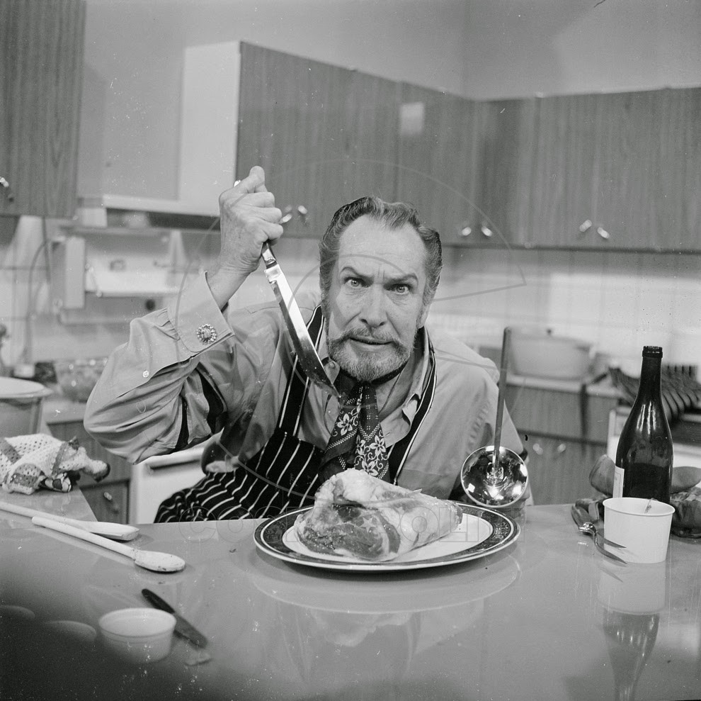 Vintage Photos of Celebrities Eating (2)