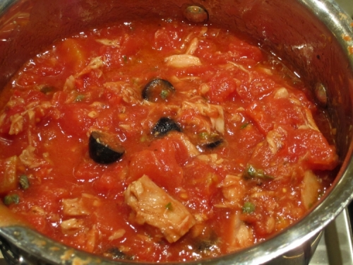 35-317-add-the-tuna-olives-and-tinned-tomatoes