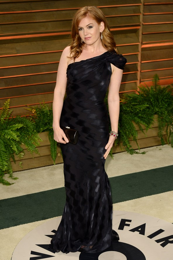 Isla-Fisher-Vogue-3March14-Rex_b_592x888
