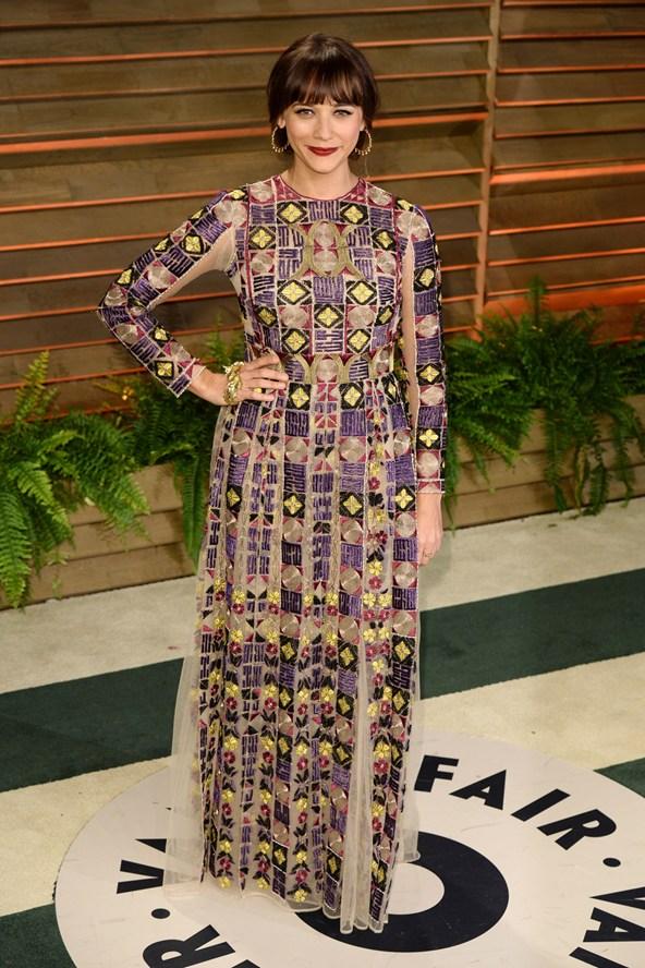 Rashida-Jones-Vogue-3March14-Rex_b_592x888