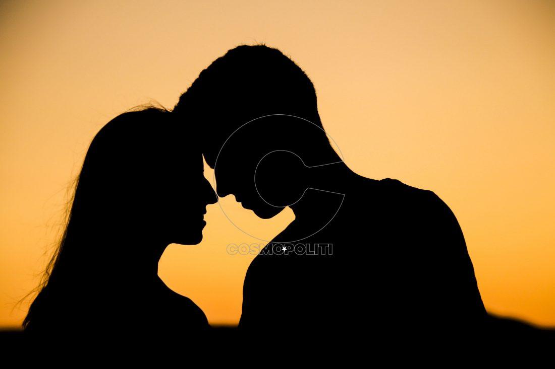 love-couple-1100x733