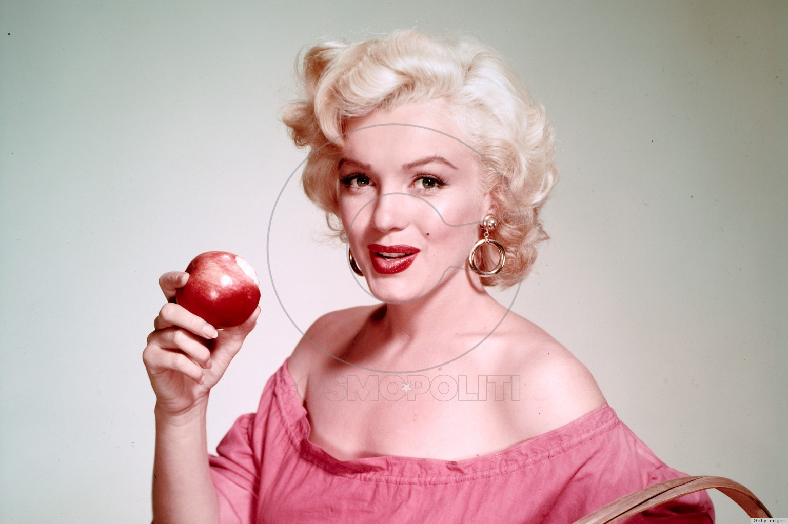 American actress Marilyn Monroe (1926 - 1962) with a basket of apples, circa 1952. (Photo by Nickolas Muray/George Eastman House/Getty Images)