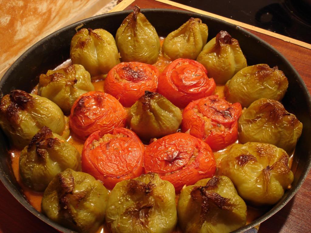 Γεμιστά με σταφίδες: το απόλυτο καλοκαιρινό μαμαδίστικο φαγητό