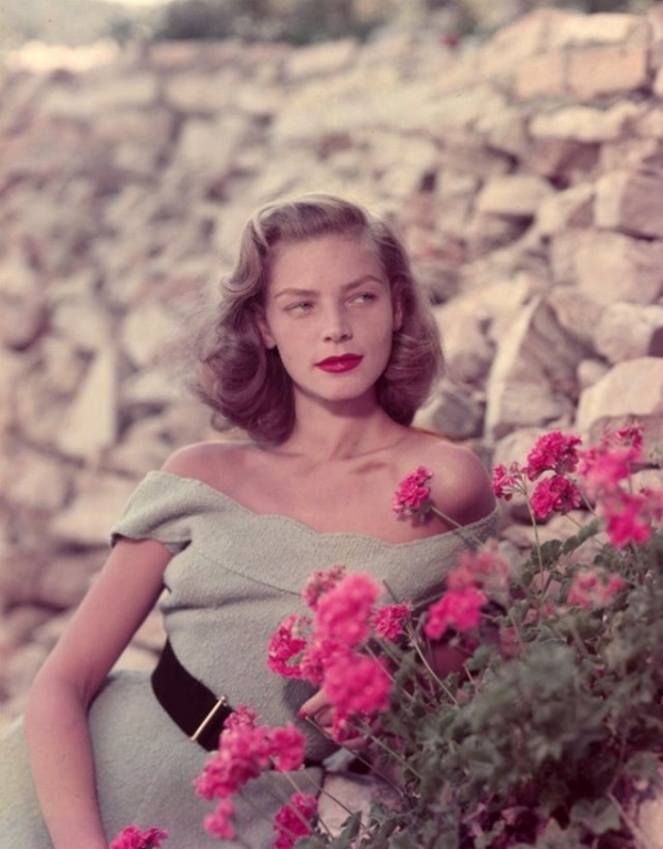 Bacall-models-green-top