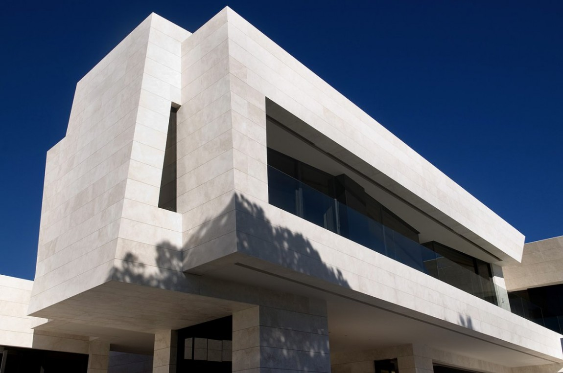 House-in-Marbella-7