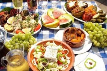 Δείτε πόσο σημαντικό είναι το μεσημεριανό γεύμα στη διατροφή μας