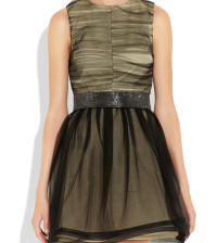 Round neck sleeveless concept of belt dress