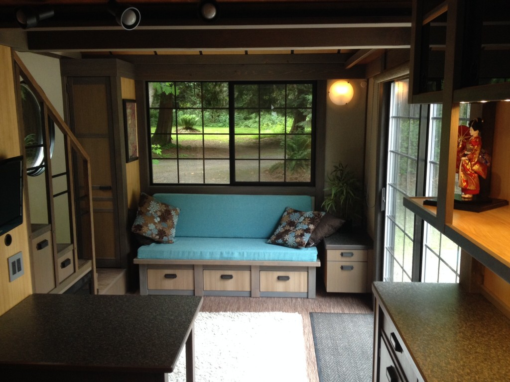 Luxury-Tiny-House-Interior-2