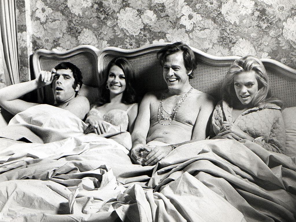 Μόνο για ζευγάρια: Οι στάσεις του ύπνου αποκαλύπτουν τι σχέση έχετε