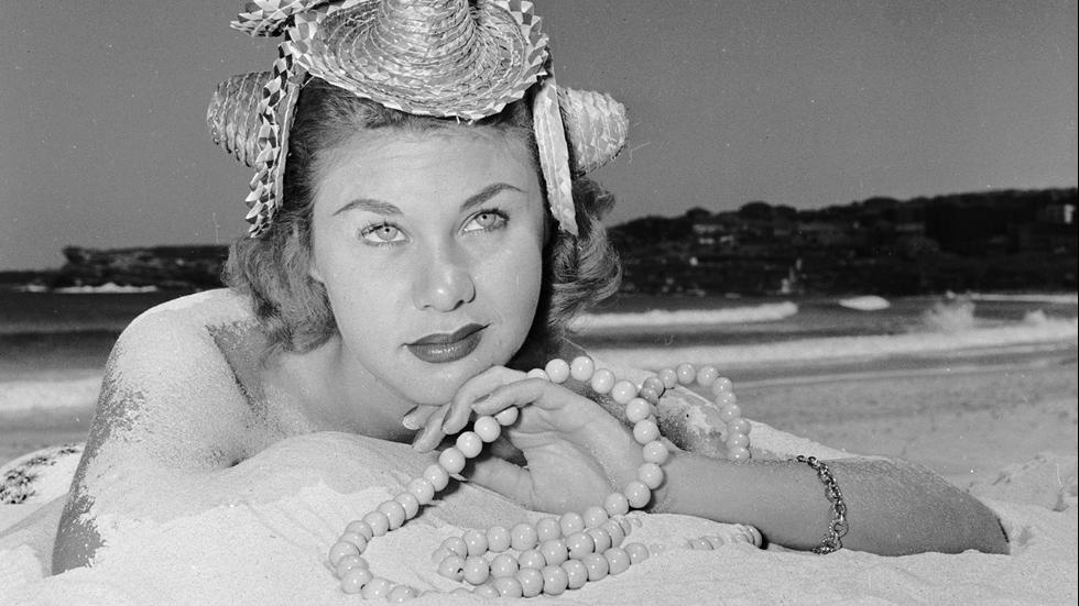 November 1955Candy Mitchell, modeling a Coogee-Woogeehat named after Coogee beachwhich is made from four miniature sombreros