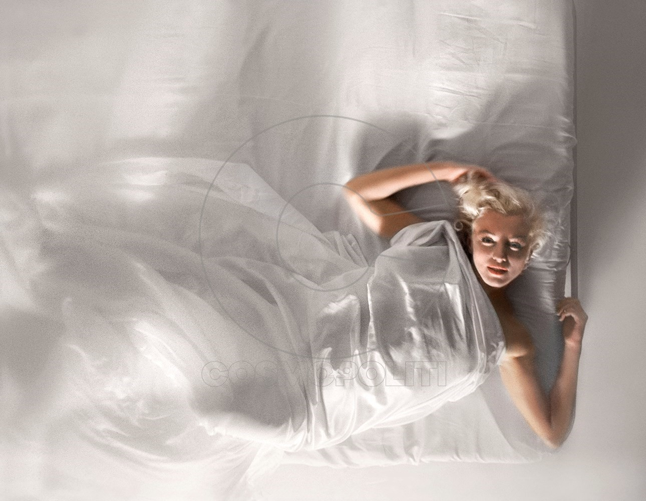 In Bed with Marilyn Monroe, 1961 (4)