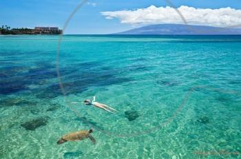 Γιατί το κολύμπι στη θάλασσα κάνει καλό;