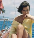 L'actrice Jenny Karézi sur un bateau, circa 1960 en Grèce . (Photo by Giancarlo BOTTI/Gamma-Rapho via Getty Images)