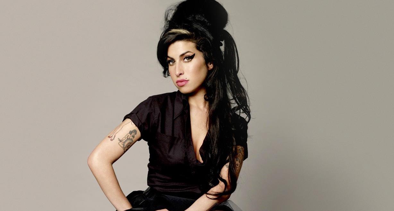 Τα 6 πιο σπαραχτικά σημεία του ντοκιμαντέρ για την Αmy Winehouse
