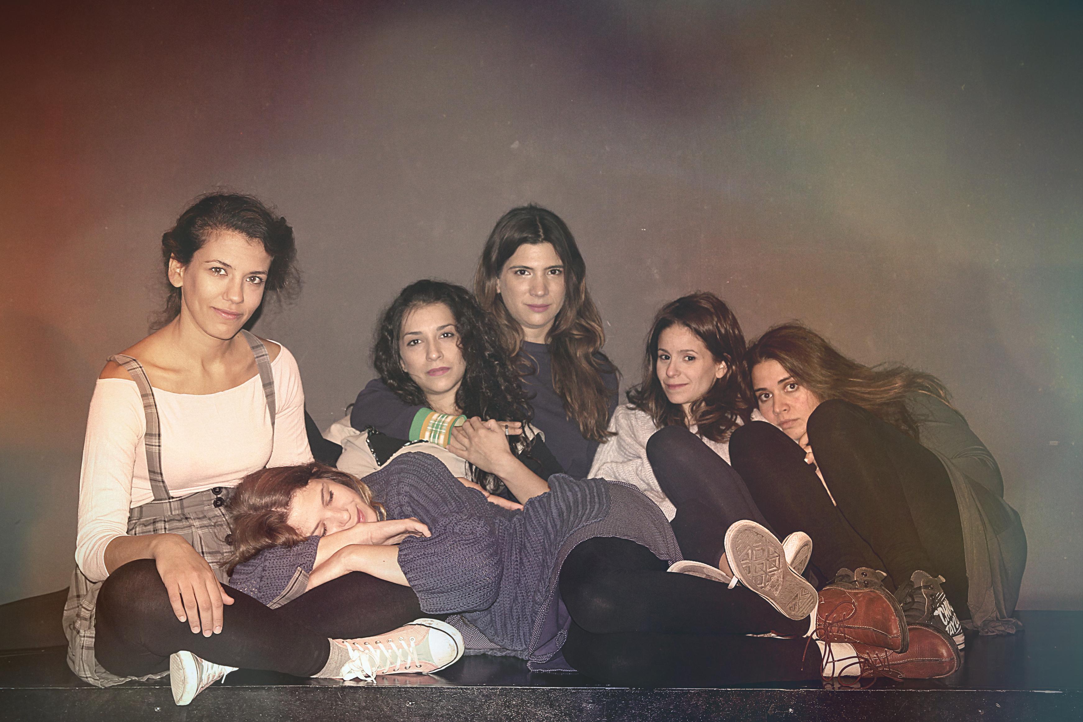 Κορίτσια σαν και αυτά: πρεμιέρα απόψε στο θέατρο Μικρό Γκλόρια