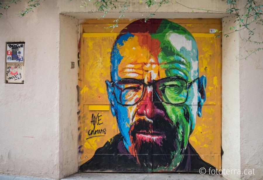 3-Walter-White-from-Breaking-Bad-Street-Art-Mural-by-Axe-Colours-in-Barcelona-Spain