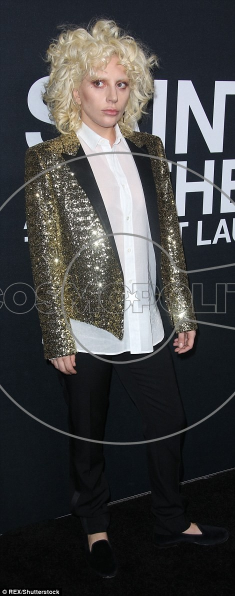 3112F62F00000578-3441779-All_that_glitters_The_American_Horror_Story_star_wore_a_sequined-a-5_1455179228074