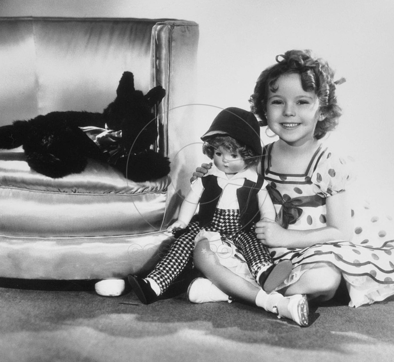 022-shirley-temple-theredlist-e1432344240506