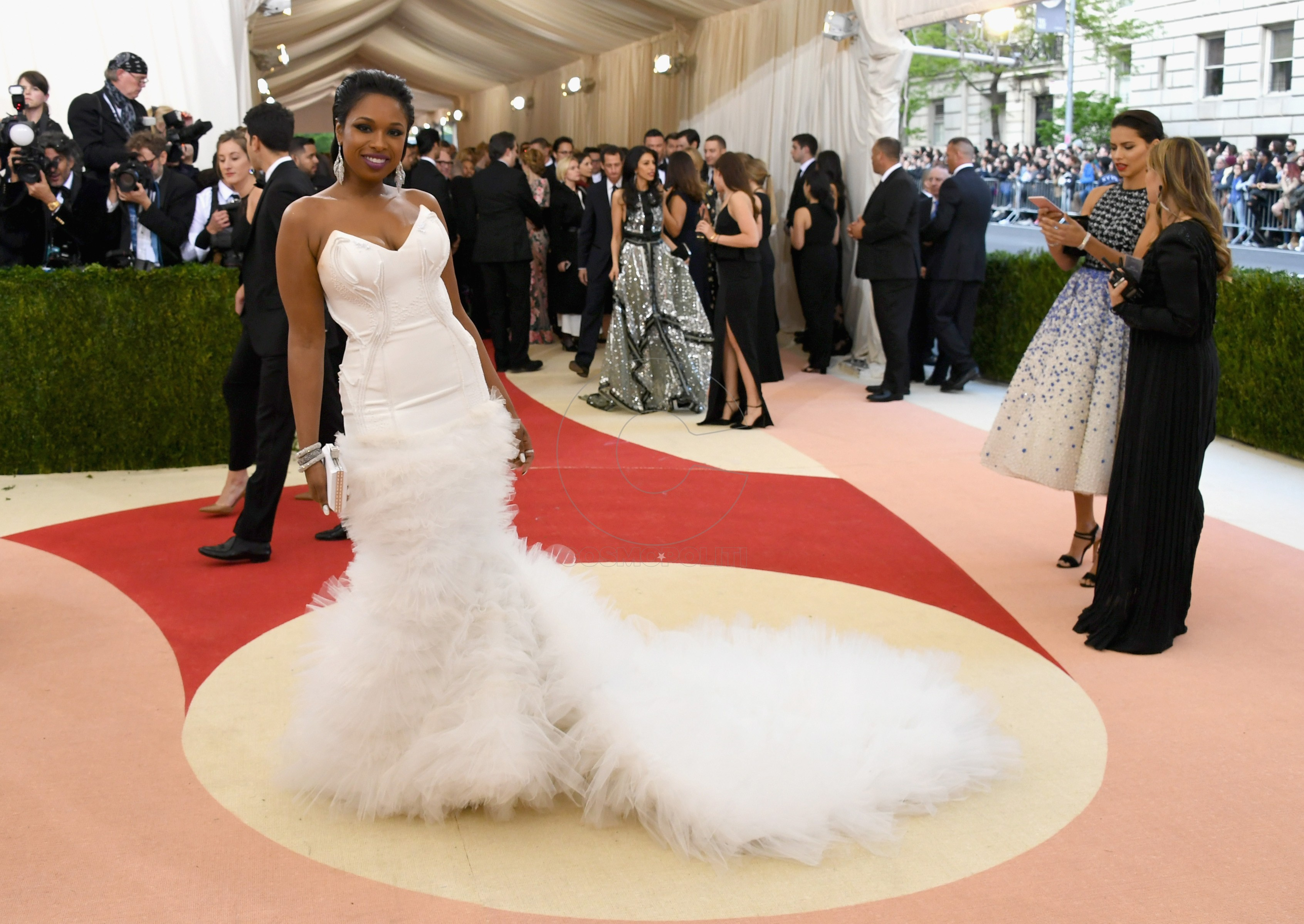 "NEW YORK, NY - MAY 02: Jennifer Hudson attends the ""Manus x Machina: Fashion In An Age Of Technology"" Costume Institute Gala at Metropolitan Museum of Art on May 2, 2016 in New York City. (Photo by Larry Busacca/Getty Images)"