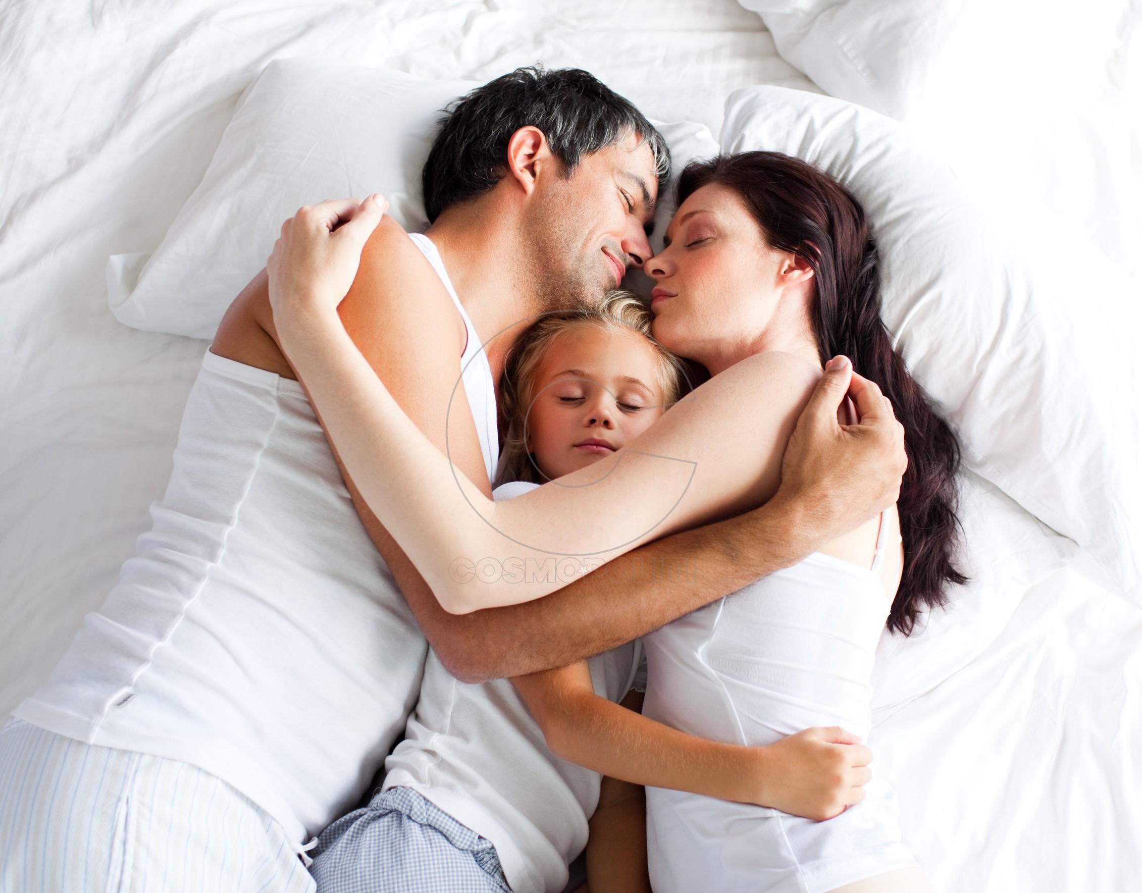 Рассказы секс мама и гости, Мой друг в гостях у мамы - порно рассказ - Случай порно 3 фотография