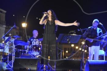 Φωτεινή Δάρρα: με μεγάλη επιτυχία συνεχίζονται οι συναυλίες σε όλη την Ελλάδα