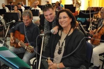 """Mαρία Φαραντούρη & Γιώργος Νταλάρας: """"εισβολή"""" στις πρόβες για τη συναυλία στο Ηρώδειο"""