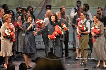 """""""Σμύρνη μου αγαπημένη"""" με την Μιμή Ντενίση: Τεράστιος θρίαμβος για την παράσταση της δεκαετίας και στην Κύπρο"""