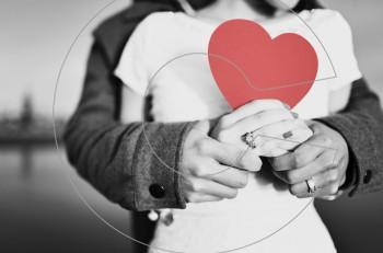 10 σημάδια που δείχνουν ότι ανήκετε στα ευτυχισμένα ζευγάρια