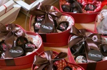 2o love Bazaar για το Σωματείο των Φίλων της Μέριμνας