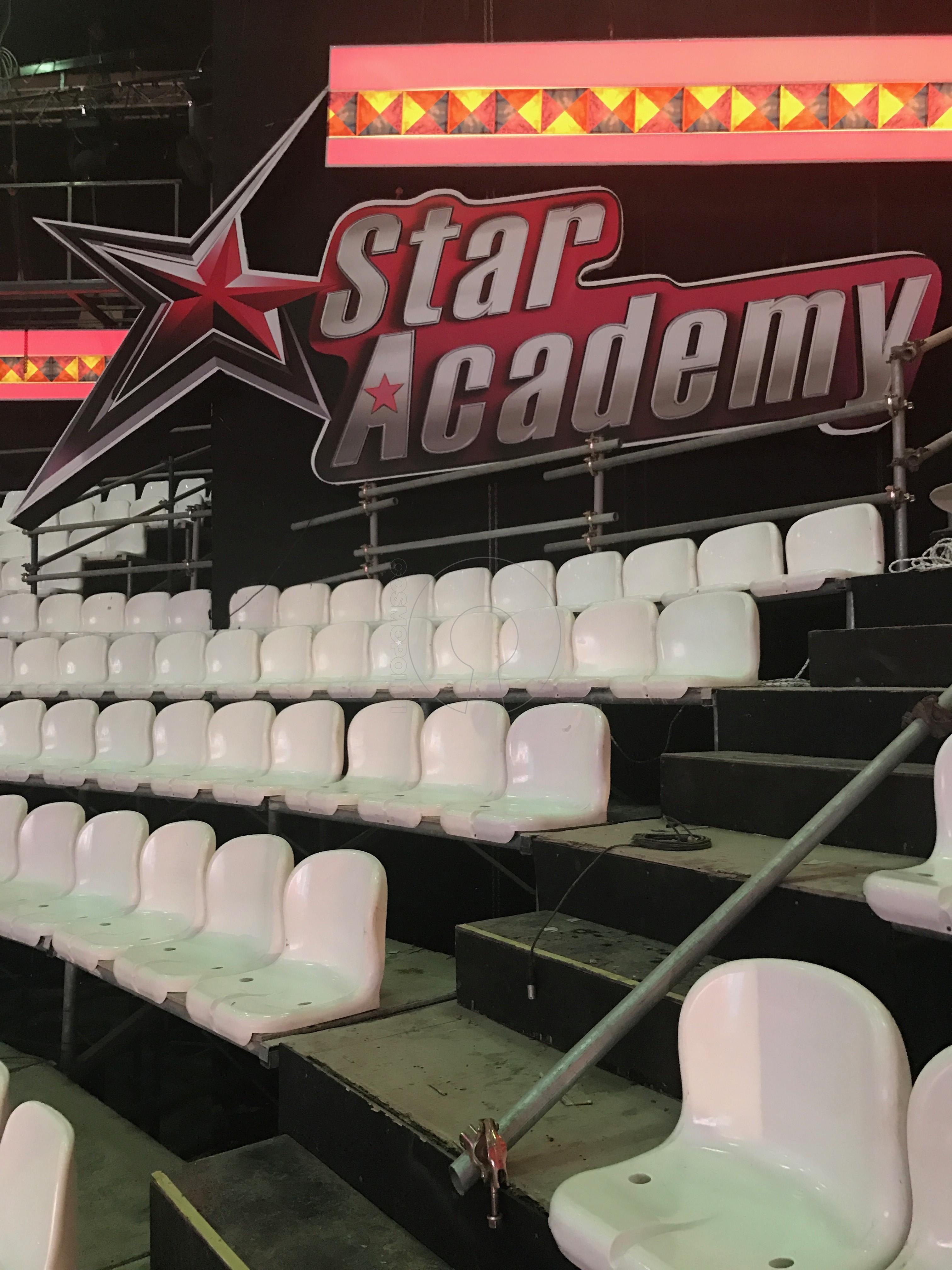 Sneak-pic of Star Academy studio