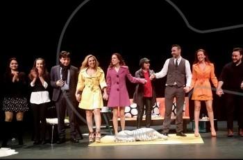 """To """"Tres"""" στο θέατρο Γκλόρια στο 4ο Φεστιβάλ Εταιρικών Θιάσων"""