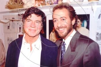 Γρηγόρης Βαλτινός & Alan Bates: ανέκδοτες φωτογραφίες από την προφητική τους συνάντηση το 1988