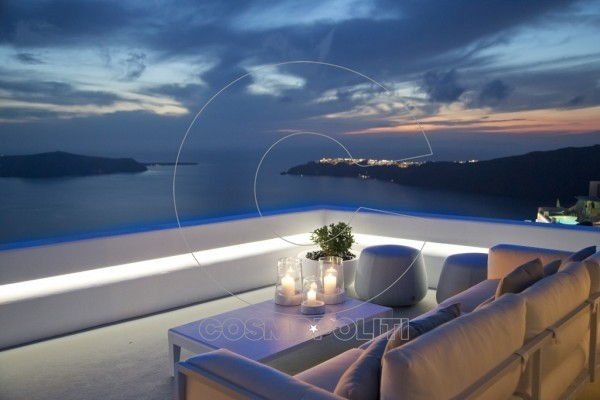 grace-santorini-champagne-lounge-exterior-late-sunset-e1496844871788