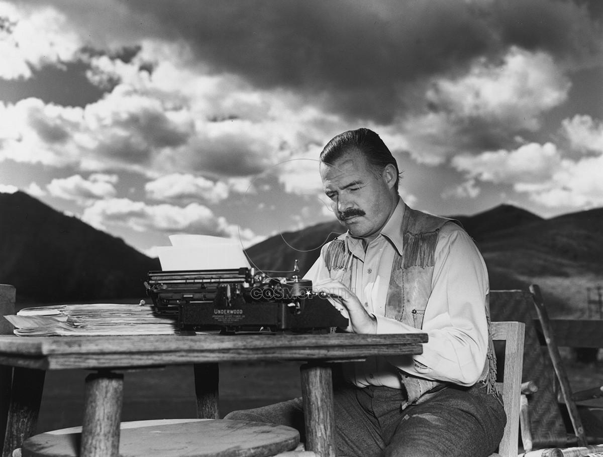 Ernest-Hemingway_1200