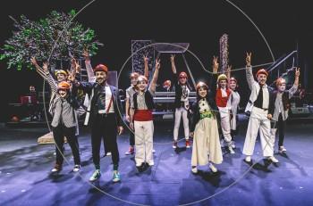 Επιστρέφουν οι ΜΠΑΝΤΑ-ρισμένοι: «…και με τη Νίκη!» στο Βασιλικό Θέατρο