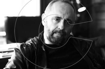 """Ο Σωτήρης Χατζάκης  στο """"Ημερολόγιο ενός τρελού"""": η προπώληση ξεκίνησε"""