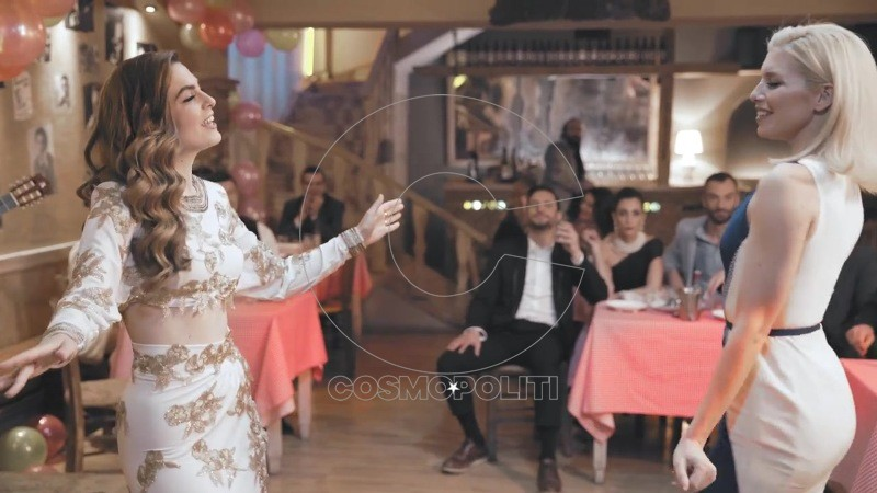 Σούλη Ανατολή - Όταν Σου Χορεύω (Official Music Video) 31