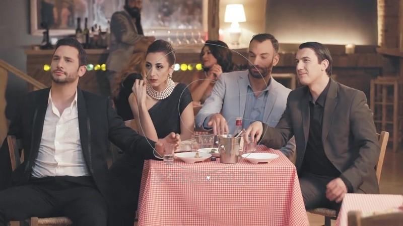 Σούλη Ανατολή - Όταν Σου Χορεύω (Official Music Video) 32