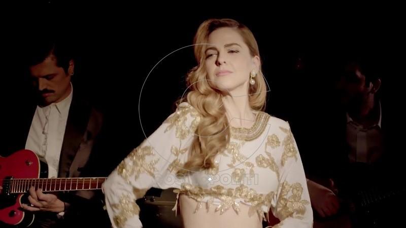 Σούλη Ανατολή - Όταν Σου Χορεύω (Official Music Video) 50