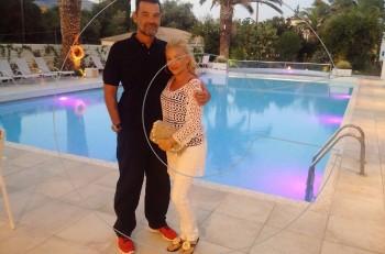 Κωνσταντίνος Καζάκος & Ιωάννα Μαρτζούκου: ειδυλλιακή εβδομάδα στο Corfu Palma Boutique Hotel