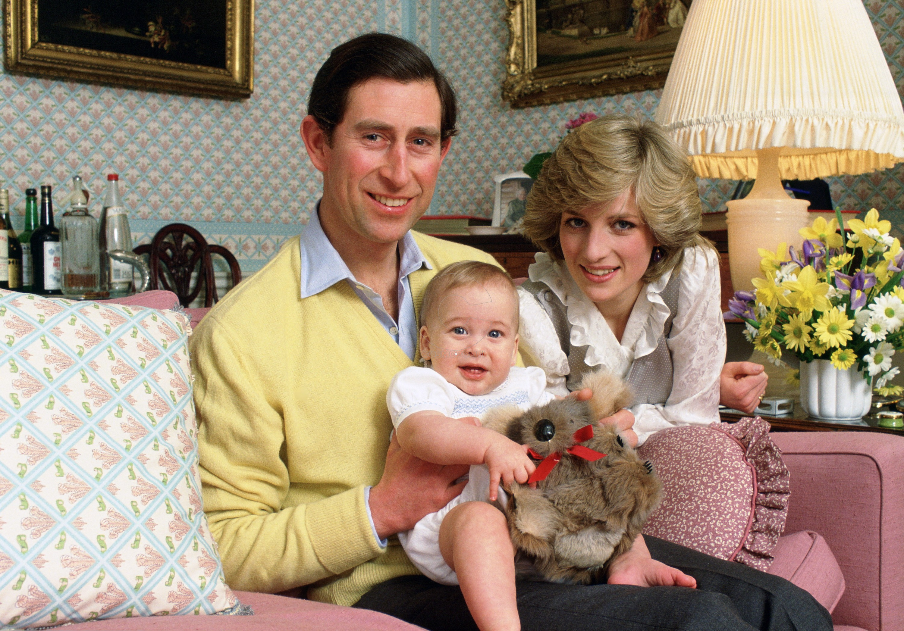 1472663658-princess-diana-family