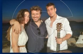 Γιάννης Πλούταρχος: οικογενειακή υπόθεση στο νέο του video clip
