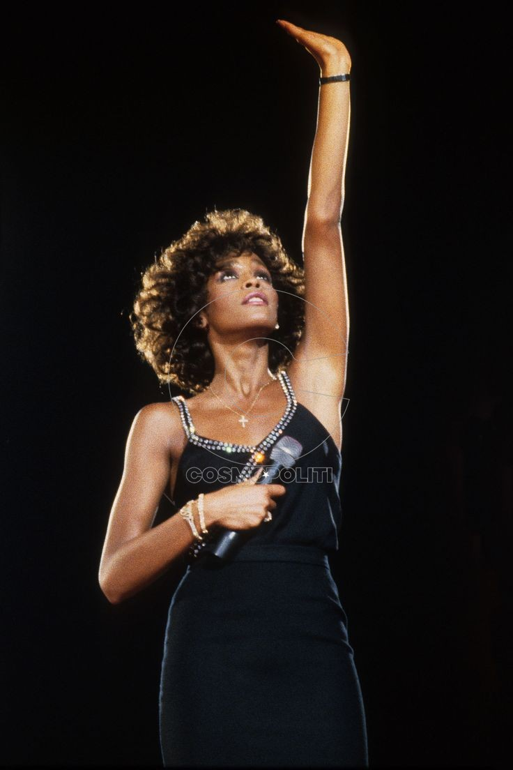 cafc39087556a1fab37e6cf3aceff858--black-artists-whitney-houston