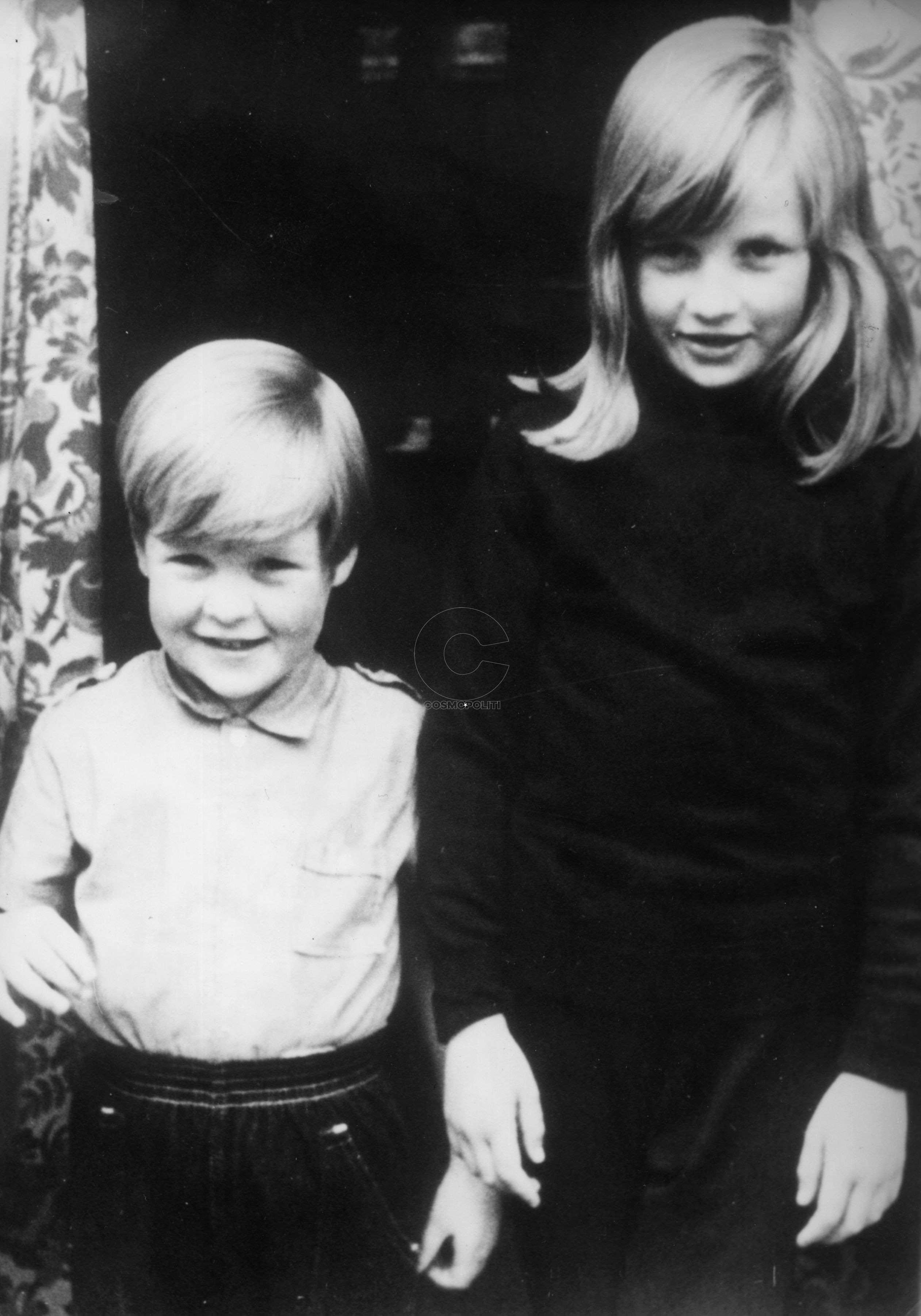 1968: Lady Diana Spencer (1961 - 1997) (Diana Princess of Wales) with her brother Charles, Viscount Althorp, (Earl Spencer) at their home in Berkshire. (Photo by Central Press/Getty Images)