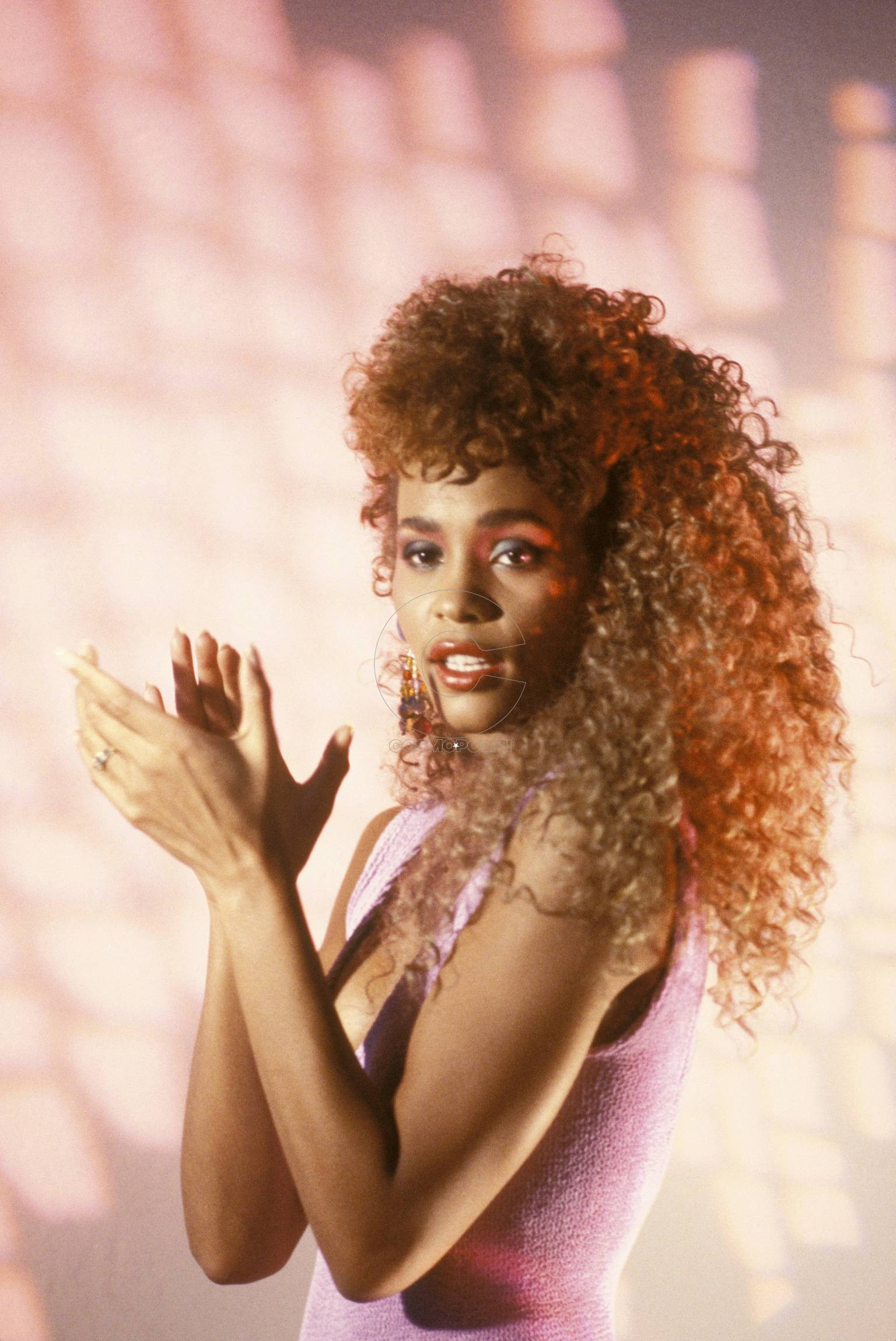 UNITED STATES - MARCH 01: Photo of Whitney HOUSTON (Photo by Ebet Roberts/Redferns)