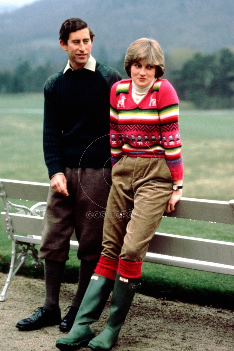 ss01-princess-diana-royal-sweaters-vf