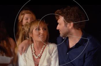 Κοίταξέ με: O Γιάννης Πλούταρχος ντουέτο με την νεαρή τραγουδίστρια Diana