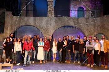 Αλέξης Ζορμπάς: όλα όσα μάθαμε στη συνέντευξη τύπου @Θέατρο Βέμπο